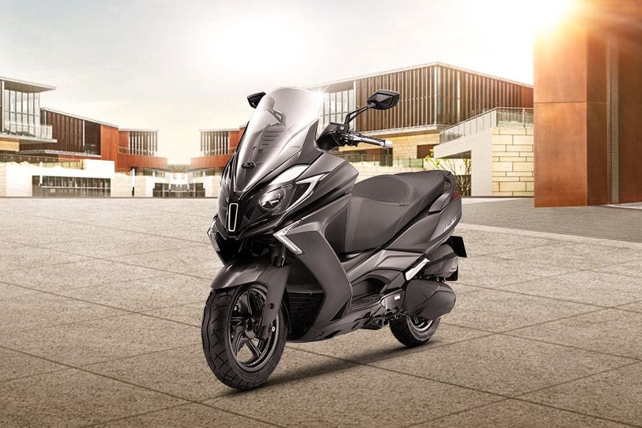 Kymco Downtown 250i Slant Front View Full Image