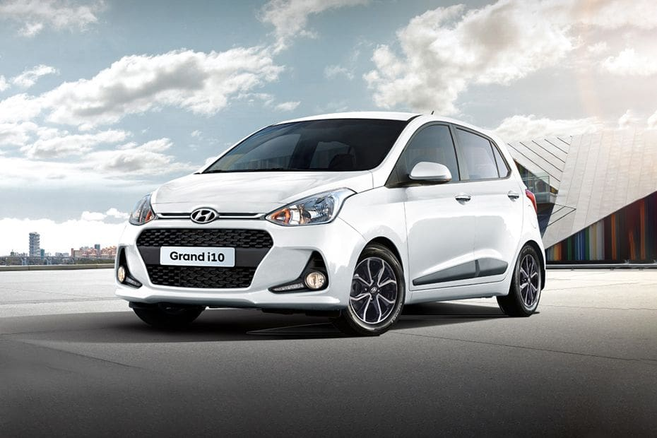 Grand i10 Front angle low view