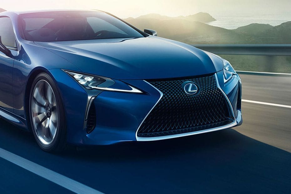 Video Lexus LC