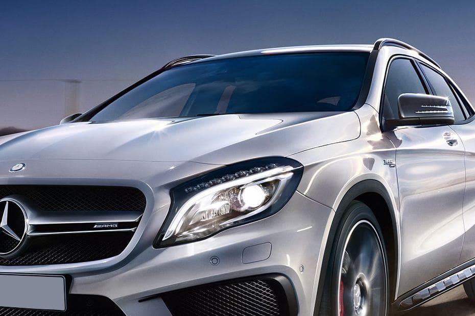 Mercedes Benz GLA-Class Videos