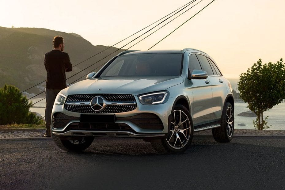 GLC-Class Front angle low view