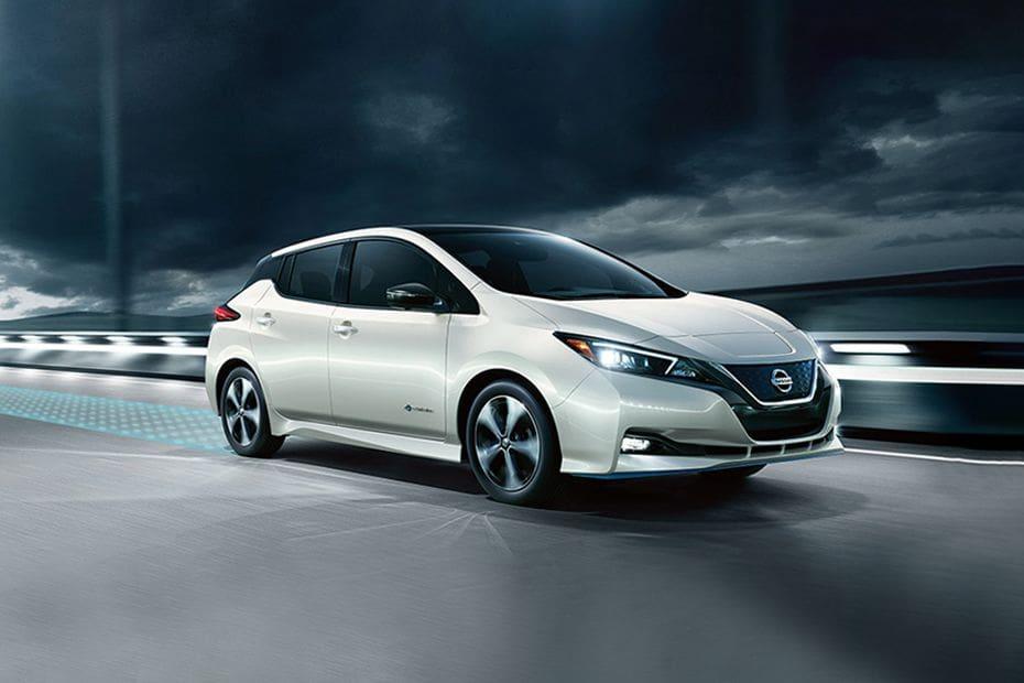 Tampak Depan Bawah Nissan Leaf