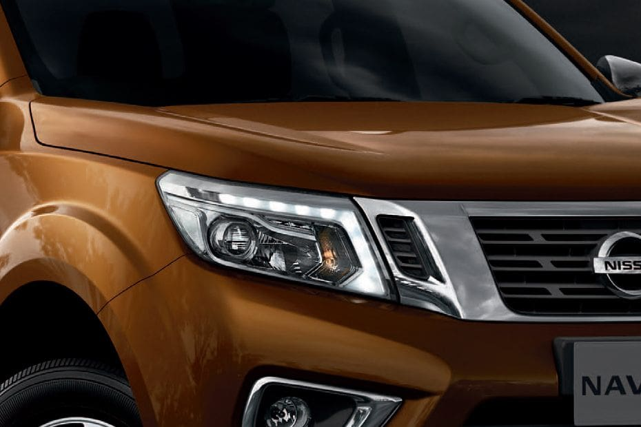 Nissan Navara Videos