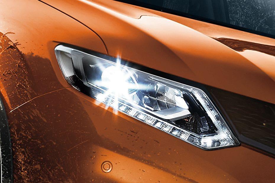 Video Nissan X Trail (2016-2018)