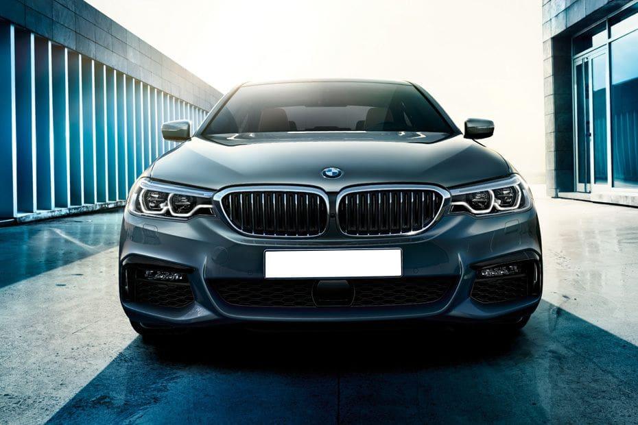 BMW 5 Series Sedan Videos