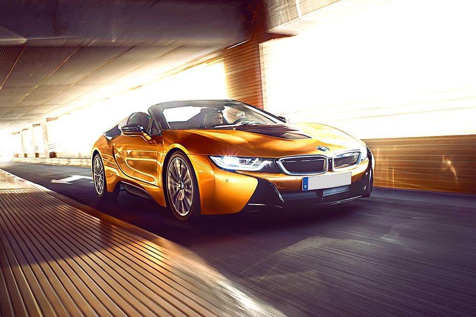 Tampak Depan Bawah BMW i8 Roadster