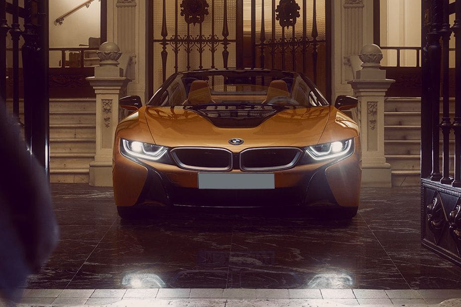 Warna BMW i8 Roadster