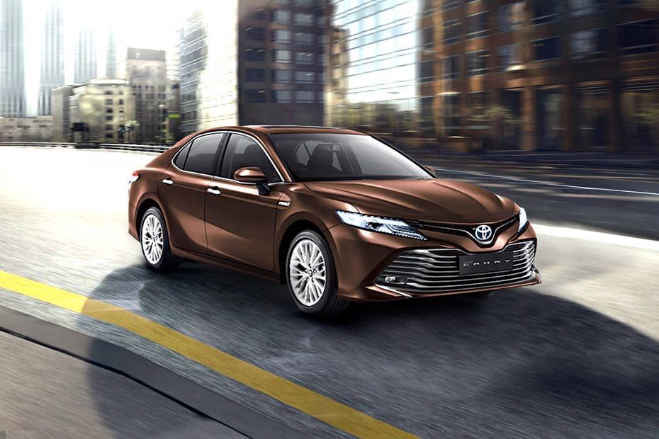 Toyota Camry Hybrid Pictures