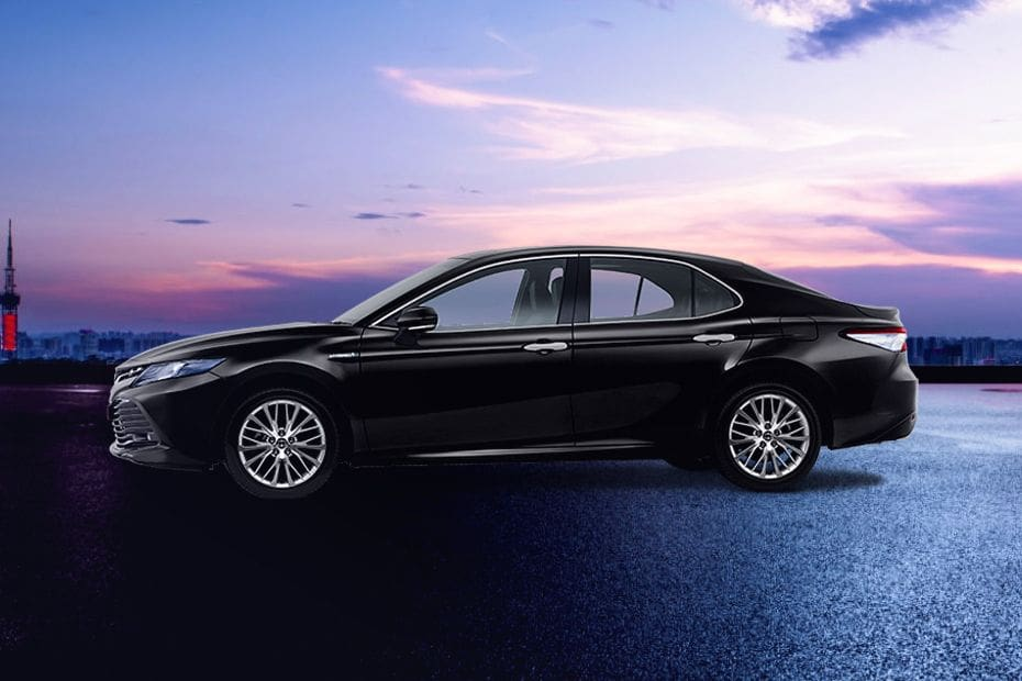 360° View of Toyota Camry Hybrid