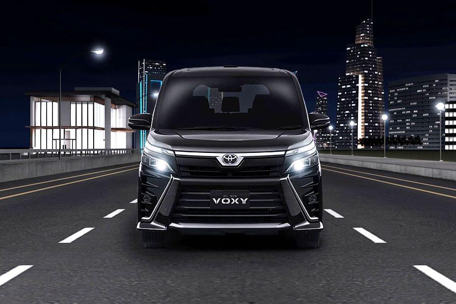 Video Toyota Voxy