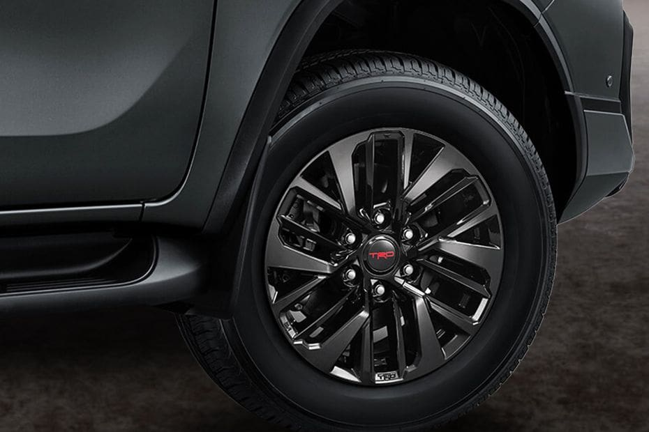 Video Toyota Fortuner