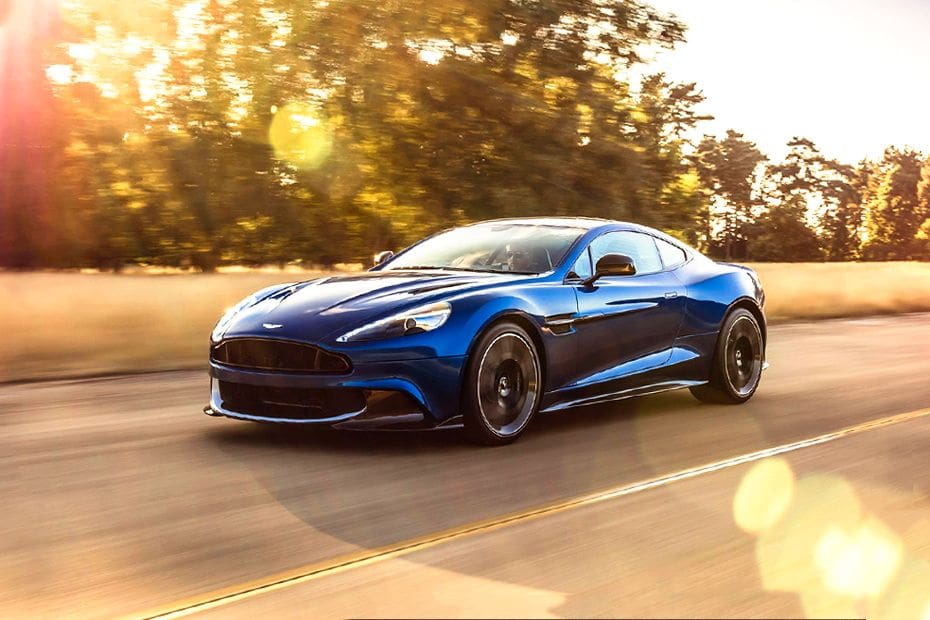 Tampak Depan Bawah Aston Martin Vanquish