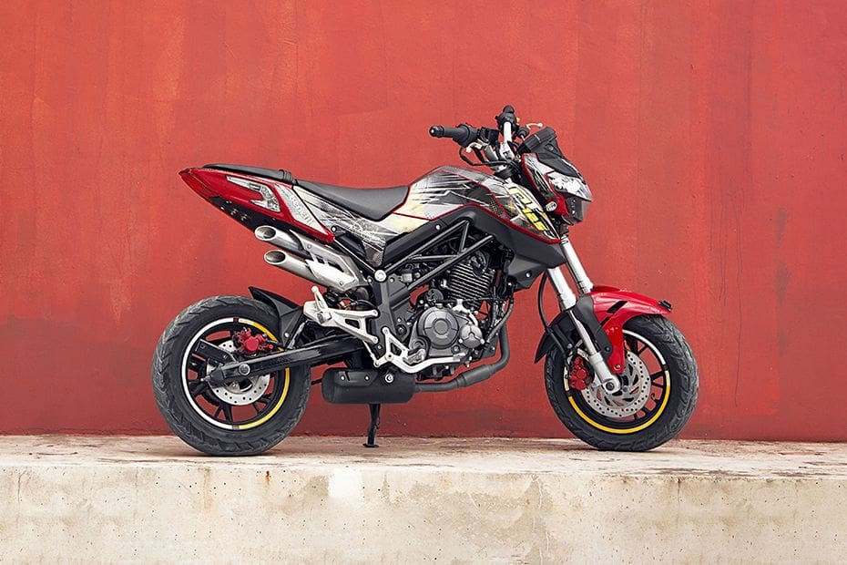 Benelli TNT 135 Pictures