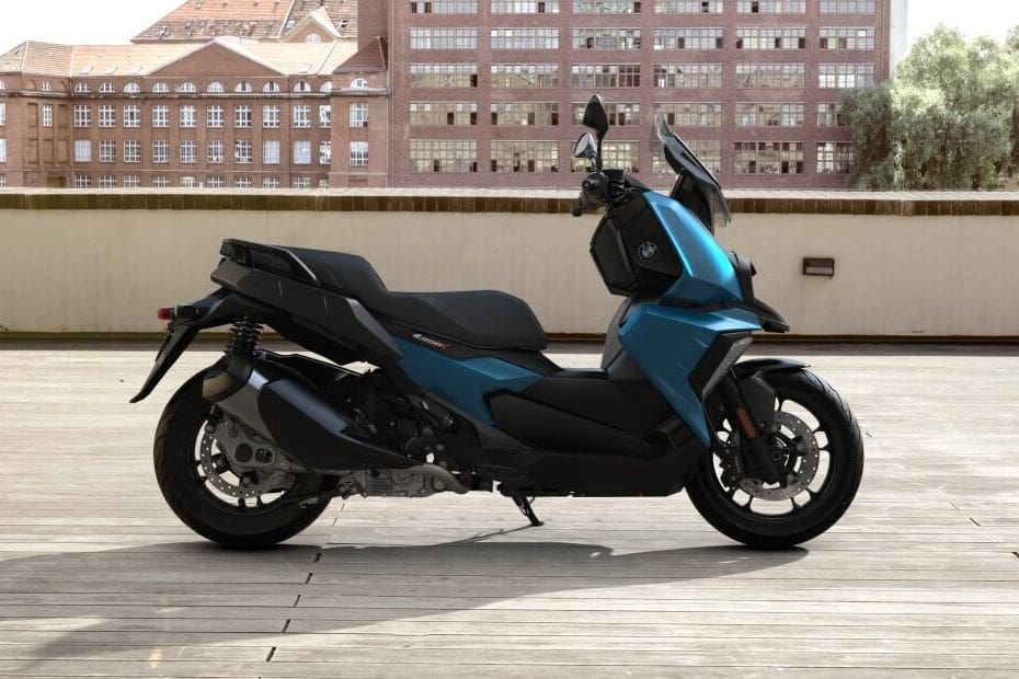 BMW C 400 X Right Side Viewfull Image