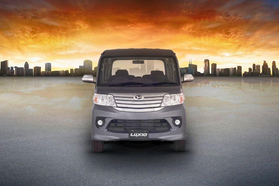 Video Daihatsu Luxio