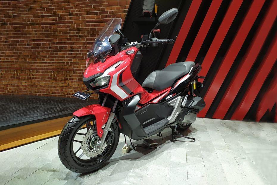 Honda ADV 150 Pictures