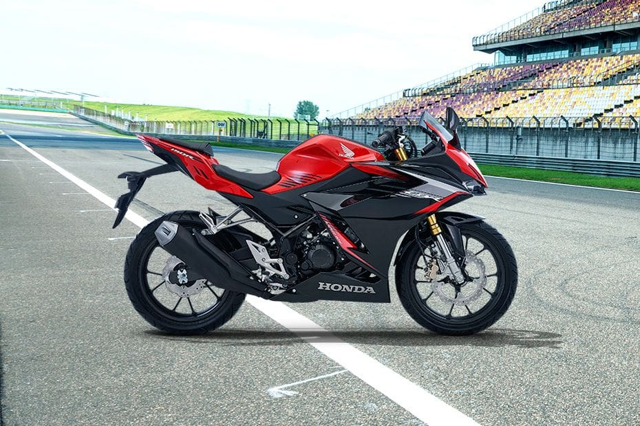 Honda CBR150R Right Side Viewfull Image