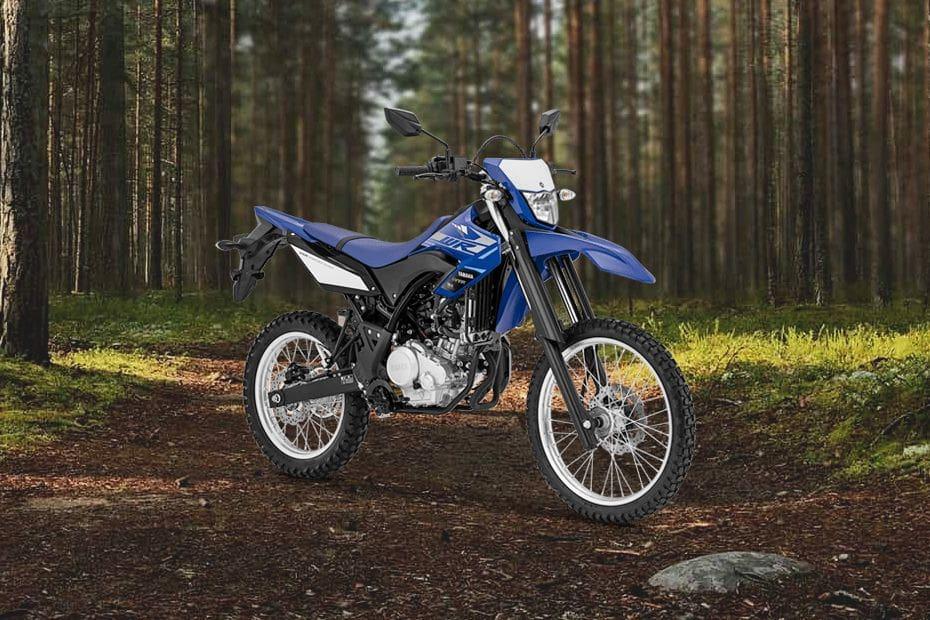 Tampak belakang serong Yamaha WR155 R