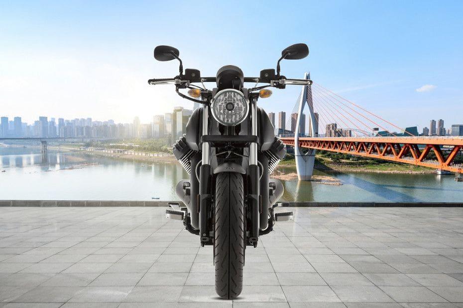 Moto Guzzi Audace Videos