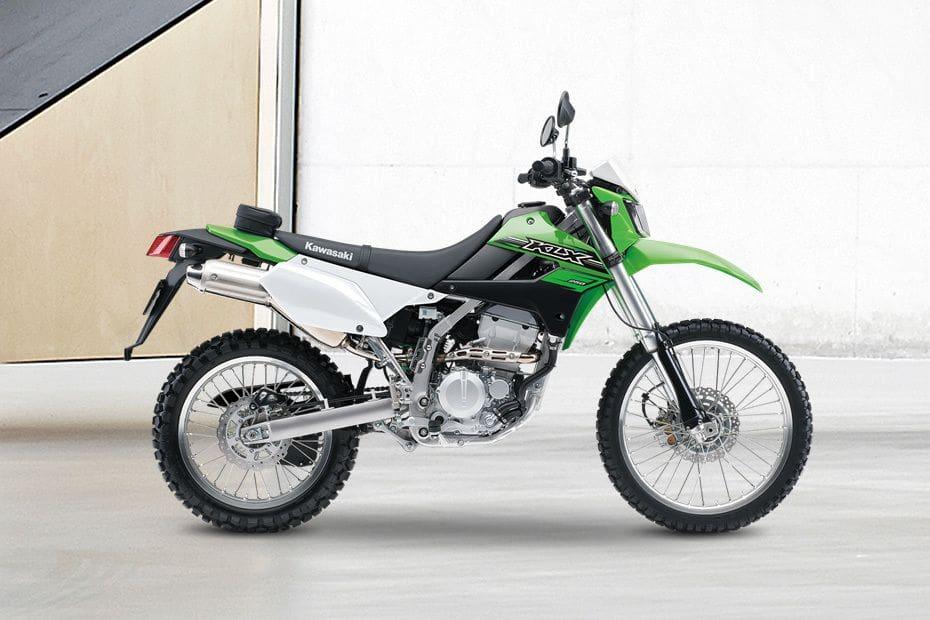 Samping kanan Kawasaki KLX 250