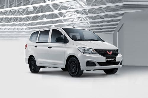 Wuling Formo Front Cross Side View
