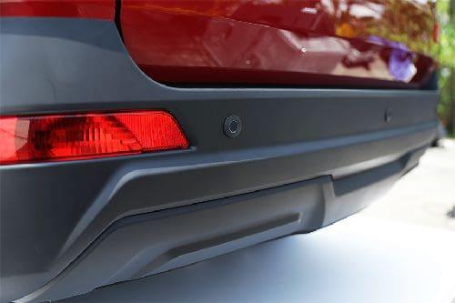 DFSK Glory 560 Reverse Parking Sensors