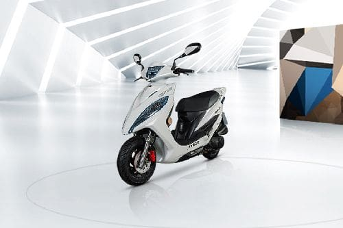 Kymco GP 125 Slant Front View Full Image
