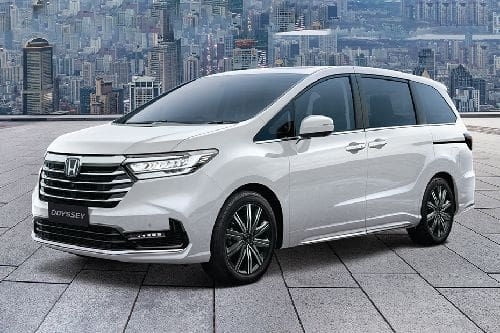 Honda Odyssey Front Side View