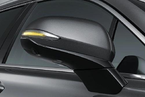 Hyundai Santa Fe Drivers Side Mirror Front Angle