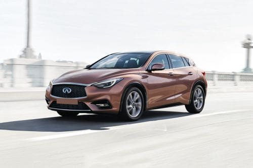 Q30 Front angle low view