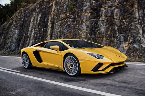 Lamborghini Aventador Front Cross Side View