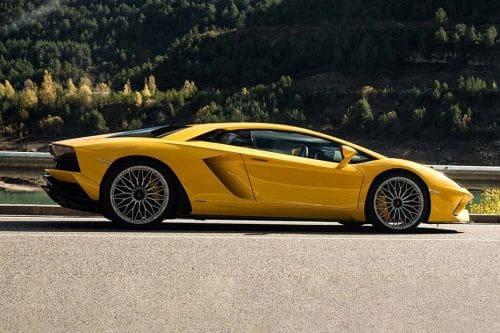 Gambar Lamborghini Aventador 2021 Lihat Foto Interior Eksterior Oto