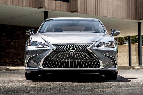 Tampak Depan Lexus ES