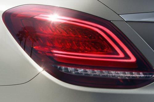 lampu belakang C-Class Sedan