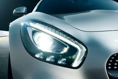 Lampu depan AMG GT