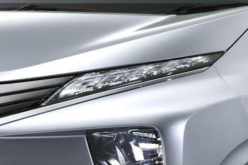 Lampu depan Xpander