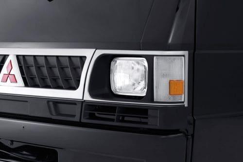 Lampu depan L300