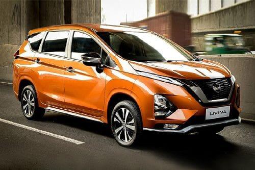 Tampak depan medium Nissan Livina