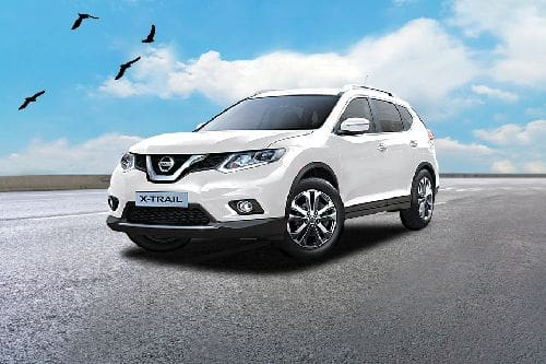 X Trail (2016-2018) Front angle low view