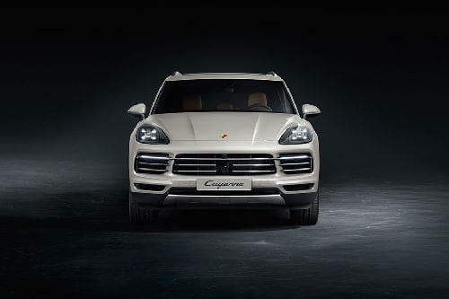 Tampak Depan Porsche Cayenne