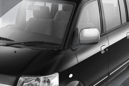 Suzuki APV Arena Drivers Side Mirror Front Angle