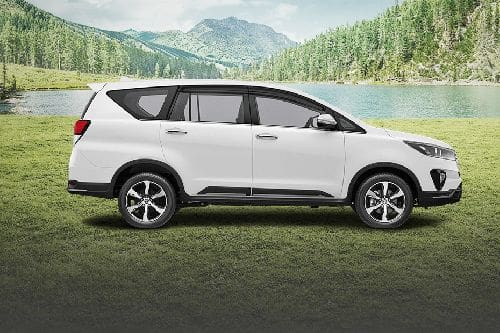 Gambar Toyota Kijang Innova 2021 Lihat Foto Interior Eksterior Oto