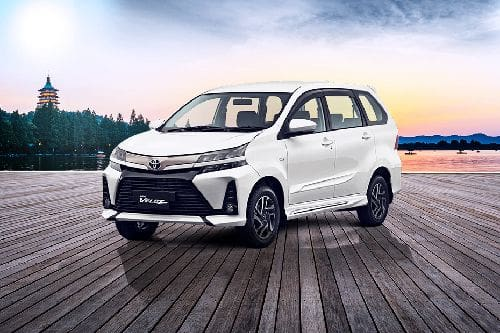 Avanza Veloz Front angle low view