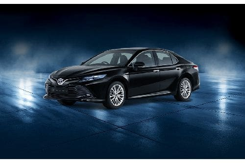 Camry Hybrid Front angle low view