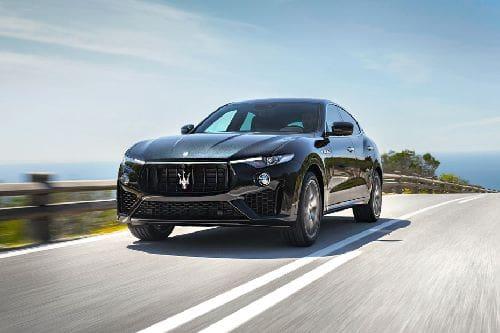 Tampak Depan Bawah Maserati Levante