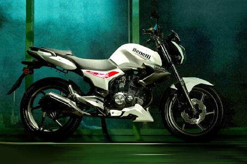 Benelli TNT 15 Right Side Viewfull Image