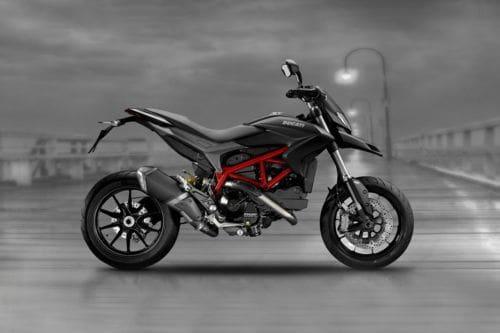 Samping kanan Ducati Hypermotard