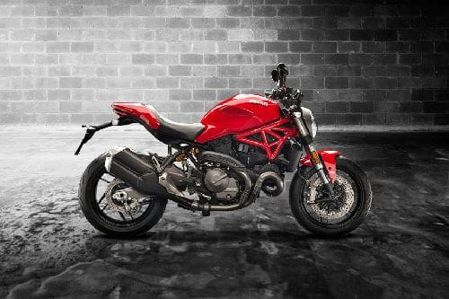 Samping kanan Ducati Monster