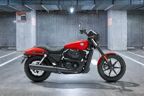 Samping kanan Harley Davidson Street 500