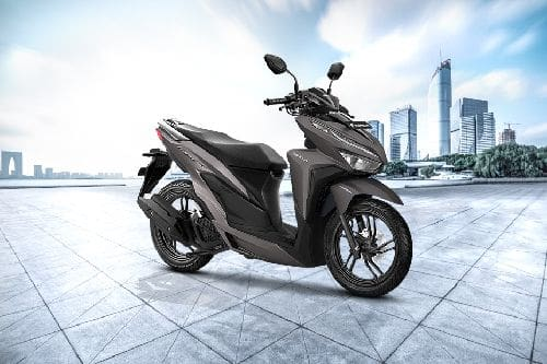 Honda Vario 150 Slant Rear View Full Image